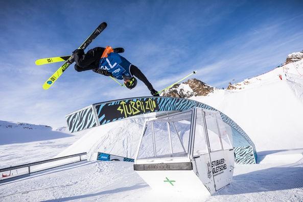 Sam Baumgartner from Austria jumped on place 15. ©Tom Bause